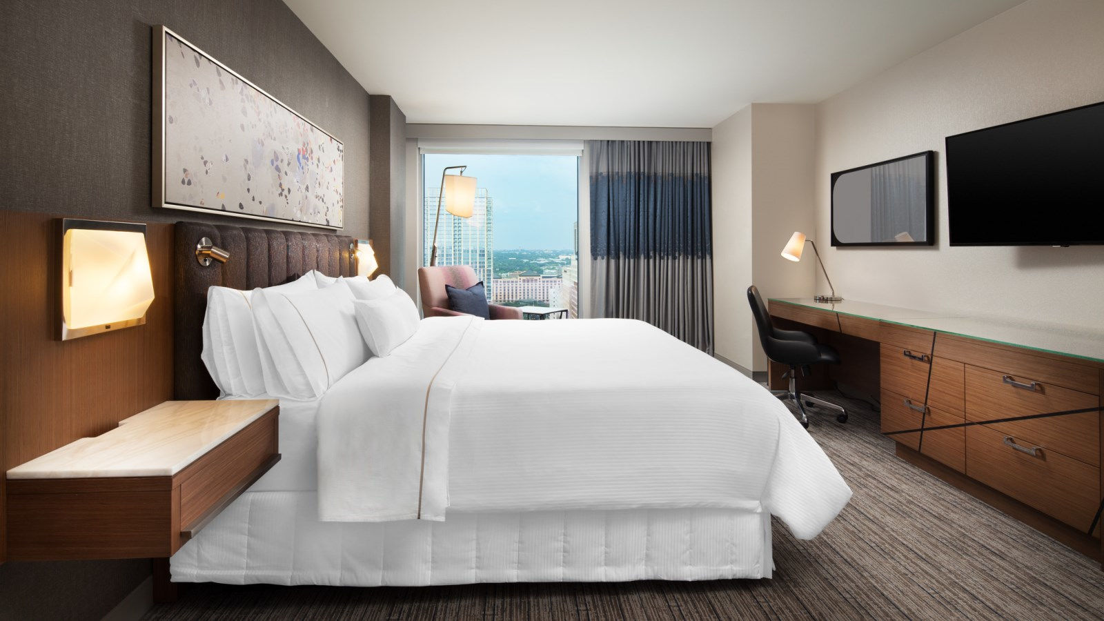 luxury hotels austin - executive view room