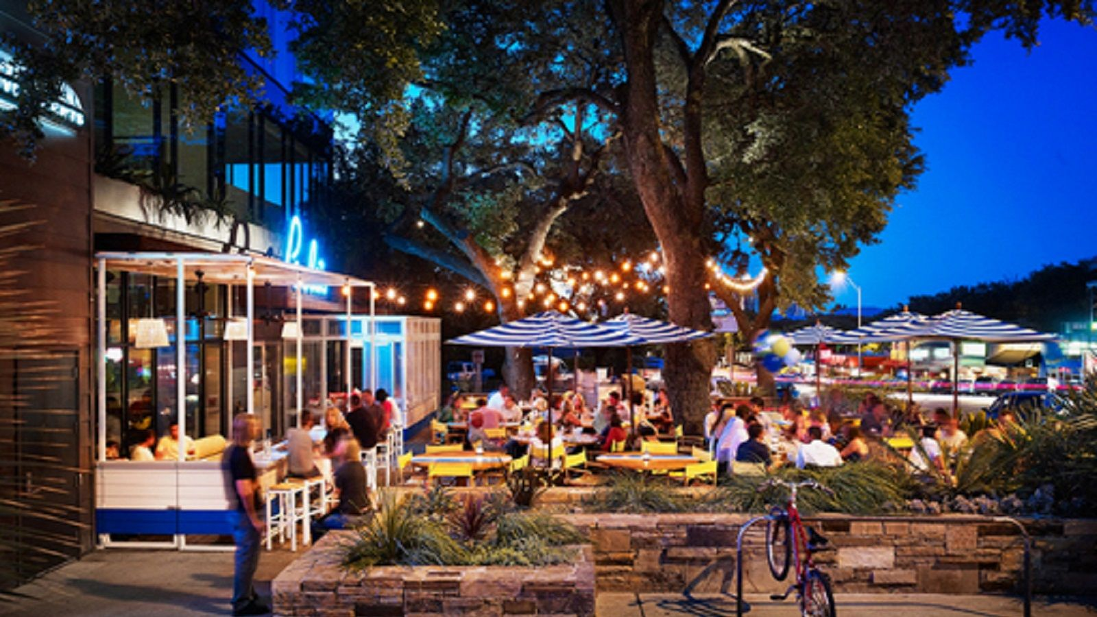 Hotels Near South Congress Austin - Perla's