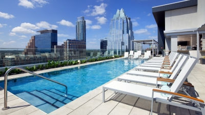 Downtown Austin Hotel With Outdoor Pool